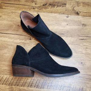 Lucky Brand Fahmida black suede ankle booties